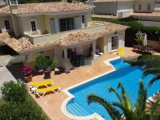 4 bedroom Villa in Vale do Garrao, Faro, Portugal : ref 5000216