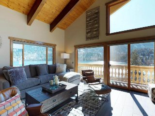 Come experience the stunning views in this 5-Star 2 bedroom at Interlaken.