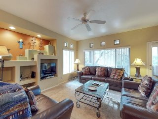 Charming home w/ shared pool, hot tub, & on-site golf - close to hiking & biking