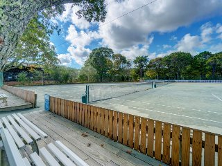 Dog-friendly condo w/ shared pool, tennis courts & home comforts, close to beach
