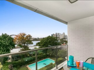 Exquisite Harbour views on the Balmain waterfront