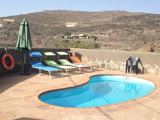 El Caidero apartment in Artenara with private terrace.