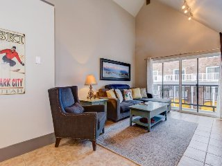 Ski-in/ski-out condo on Park City Mountain Resort w/ shared pool, hot tub, & gym