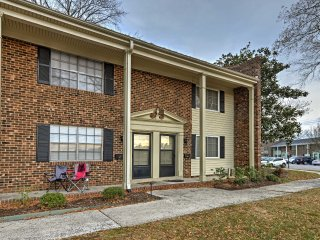 Chapel Hill Townhome - Minutes from UNC & Duke!