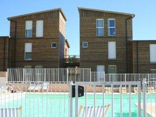 Résidence 'Le Domaine De Saint-Orens' piscine extérieure, jacuzzi