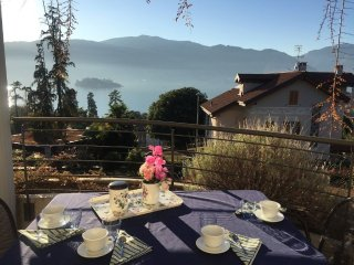 Virginia apartment in Verbania Pallanza with lake view