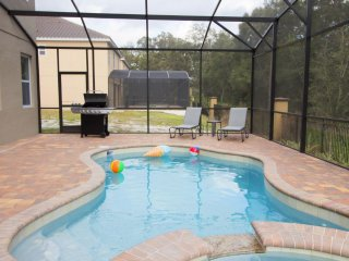 ACO PREMIUM – 7 Bd with Pool, Spa and Grill (1762)