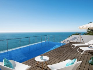 Villa Mar Azul - New!