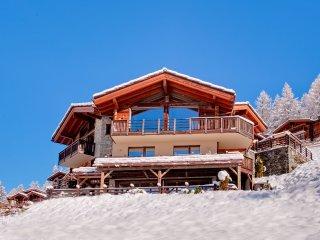 *Best Rates* Luxury Chalet With 5 Bedrooms Sleeping 12 Overlooking Matterhorn