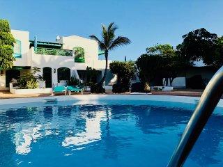 Apartamento Vera con piscina , solo 100m al mar