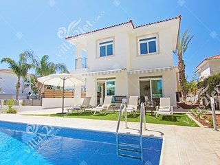 Cyprus Holiday Villa CELINE Profile