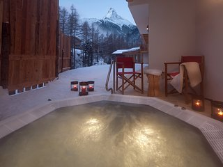 Luxury Chalet With Private Spa Area And Outside Hottub