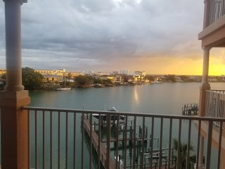 3 bedroom, 2 bathrooms 1850 s.f. luxurious waterfront Clearwater  beach condo