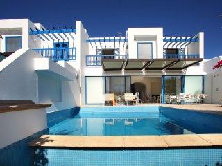 Cyprus In The Sun Villa Nafsika 02 Gold