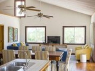 5 BEDROOM/3 BATH OCEANFRONT SLEEPS UP TO 14 GUESTS