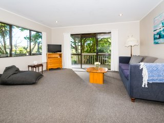 Browns bay Cozy & Private 3 Bedrooms House