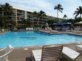 *Beautiful Ocean Front Ground Floor Unit at The Maui Sunset Complex*