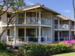 Lovely Golf Course and Ocean View Three Bedroom