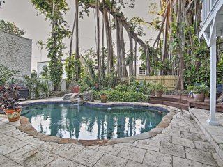 Quaint Coconut Groves Studio Apt w/ Outdoor Oasis!