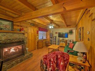 Pet-Friendly Tellico Plains Cabin on 25 Acres!