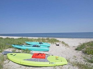 True beach House On The Beach! Golf, Bike, Shop Once Upon A Tide sleeps 11