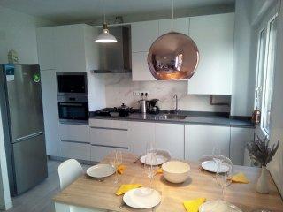 Apartamento moderno y luminoso en el corazon de LA HERRADURA