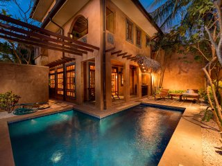 Courtyard Villa #10- Luxury 3 Bedroom Villa