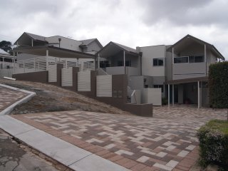 Apartment Finch 2 bedrooms in the heart of Albany City 500 Meters to the main st