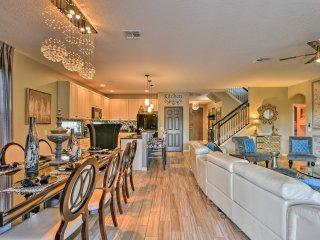 Luxury Davenport Villa 20 Mins to Disney w/ Pool!