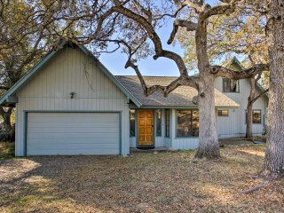 NEW! 3BR House 45 Mins from Yosemite National Park