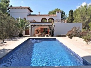 Villa 8 pax in Cala Ferrera. Private pool. Wifi, Barbecue. 4 bedrooms - 00058-