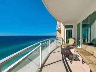 Master and 2nd BR on Gulf, Free Wifi Free Fun Included with Rental, Aqua