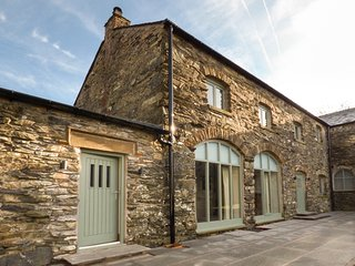 LIME COTTAGE, terraced, woodburner, private hot tub, enclosed garden, WiFi, nr N