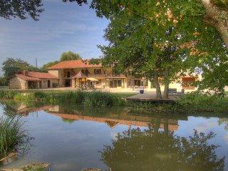 AMBRONAY - LA GRANGE VALENTIN - Calme et Authenticité - Parc de 4 hectares