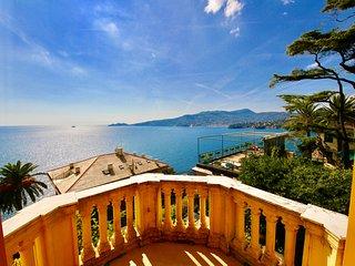 VILLA ENRICA-terrace above the sea