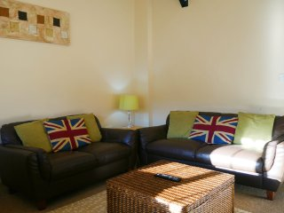 Plenty of space for up to 4 people to relax in.