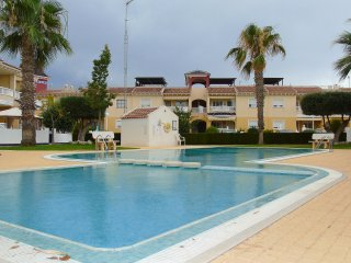 Apartment Alegria, Dona Pepa - Pool, WiFi & UK TV
