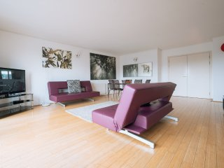 Greenwich two bedroom apartment (ref: 0108)