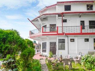 Elegant room for four, close to Nainital Lake