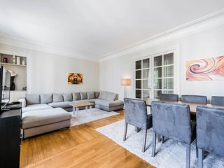 Amazing & luminous 3bd for 6p at Luxembourg Garden