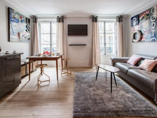 Spacious and Charming 6p flat a Madeleine
