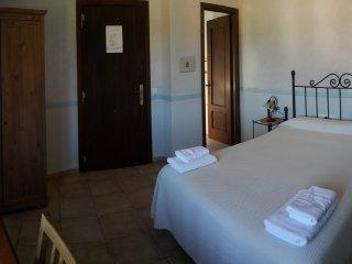 Habitacion doble 1 cama en el Castillo de las Guardas