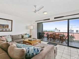 3 DOMANI - beautiful sea breezes, blue water views and a spacious open plan.