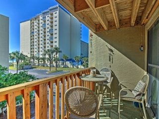 Cozy Largo Mar Condo - Steps to Panama City Beach!