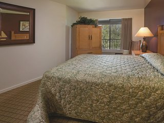 WorldMark Eagle Crest - One Bedroom Hotel Suite WVR