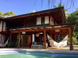 Casa Ganesha - Stylish House with Pool & Spectacular Ocean Views