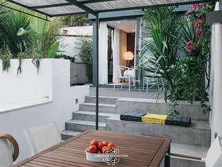 Estrela Terrace 52 by Lisbonne Collection