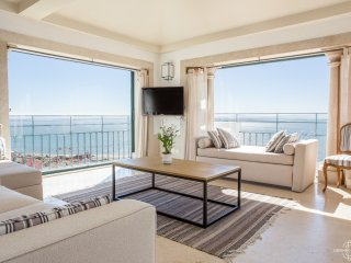 Penthouse Terrace 360º Lisbon View 1 by Lisbonne Collection