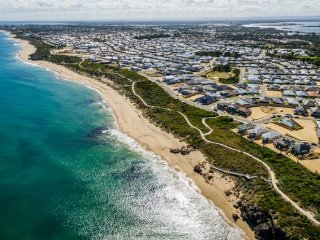 Sea Paradise Beaches Halls Head Mandurah Falcon