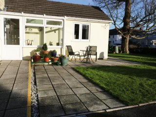 SUNNY CORNER, all ground floor, limited mobility access, WiFi, Ref 966146